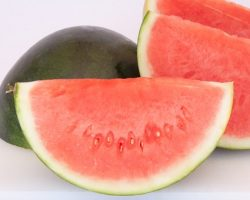 How to cut a watermelon – it doesn't get much easier than this 3 ways